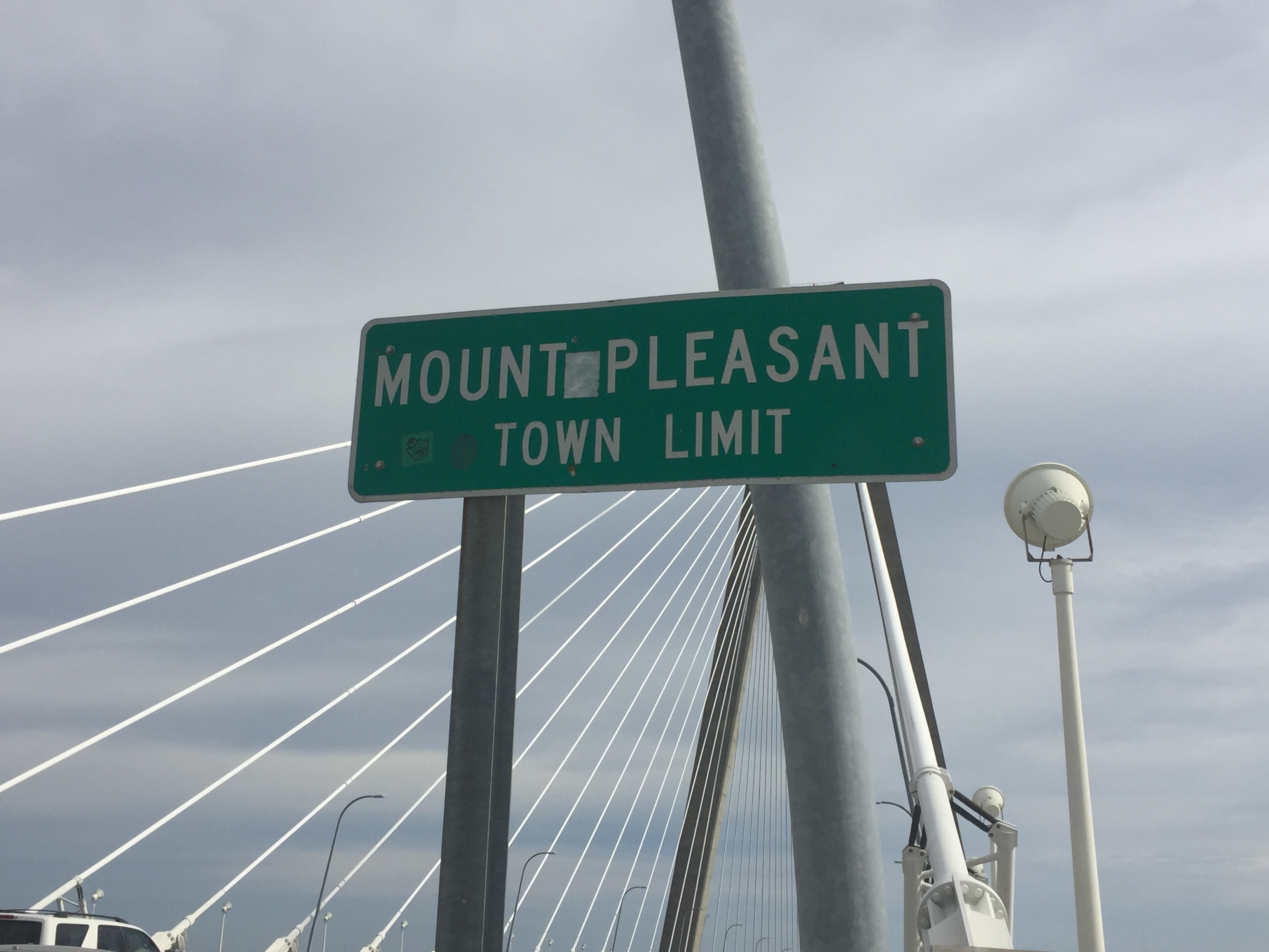 Mount Pleasant town line on Ravenel.