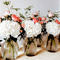 white_hydras_pink_roses_white_baby_s.jpg
