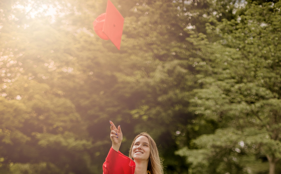 2021_Aubree_Graduation_Portraits_Edit17.