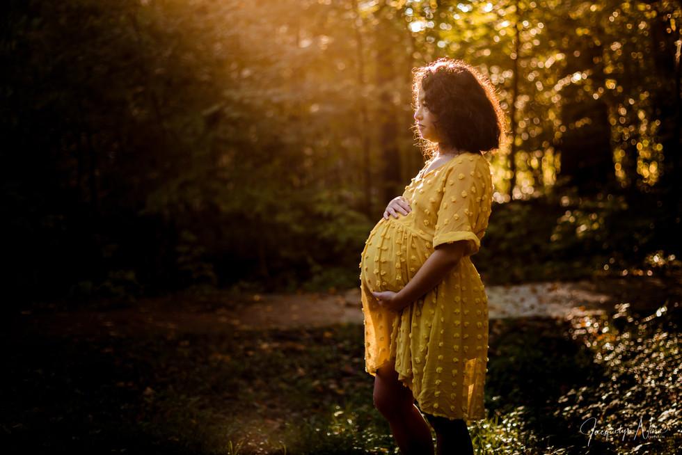 RachelAndMike_Maternity_Edit6.72WW2.jpg