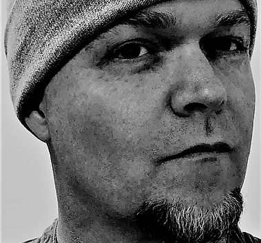Author Photograph, Daron Everett Jones