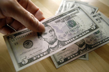 8 Tips for setting an Allowance that Works for All Ages