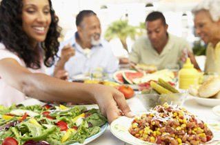 16 Ways to Encourage Your Family to Eat Healthy