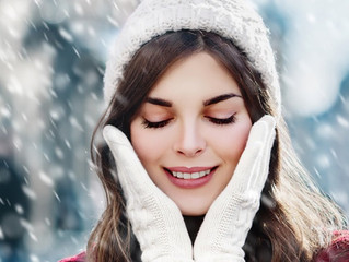 12 Tips to Keep Skin Soft and Glowing In Winter