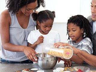 How to Get Your Kids Involved with Thanksgiving Cooking