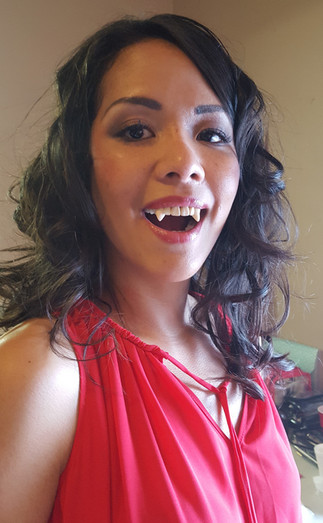 Stephanie Mazzeo - Makeup Artist - Vampire Fangs