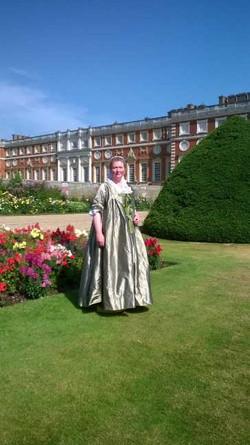 Georgian, Hampton Court
