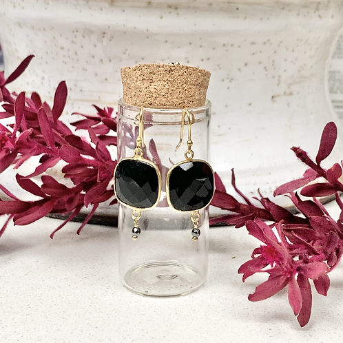 Large Onyx Square Drop Earrings in Corked Tube
