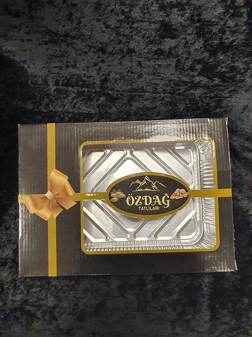 Baklava Verpackung mit Blech (Özdağ)