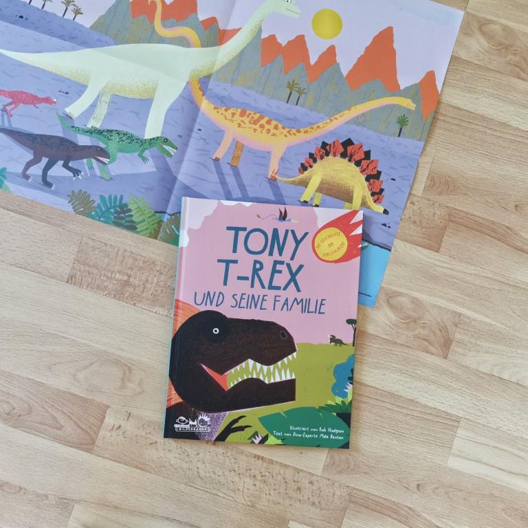 MINT & MALVE Buchtipp: Tony T-Rex und seine Familie. Die Geschichte der Dinosaurier, Rob Hodgson, Mike Benton (E.A. Seemann, 2020)