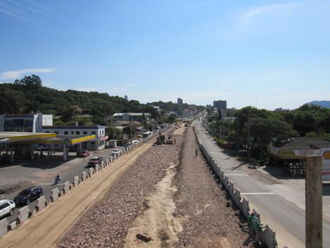 Obras no Trevo do Castelinho devem ficar prontas até maio