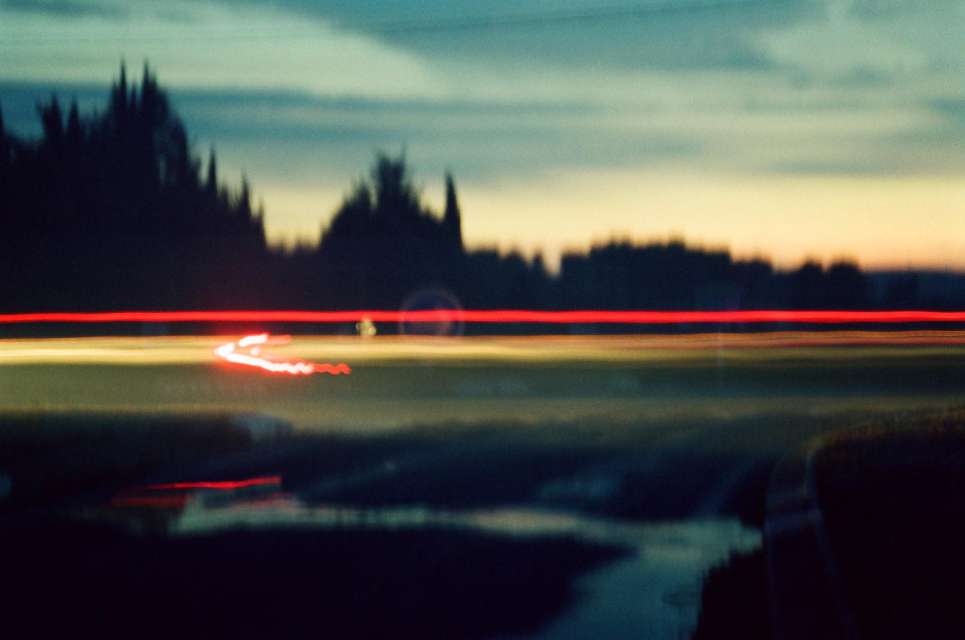 Brouillée  Projet #1 Lumières en fuite Série La traque  Vidéo-projection