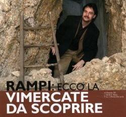 """Rampi fotografato orgogliosamente nel """"teatrino"""" poi demolito nell'indifferenza generale da Villa Sottocasa"""