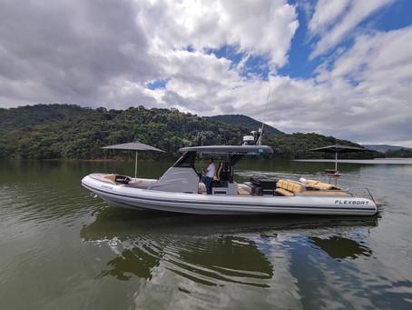 Barcos infláveis de luxo são opções de lazer no Brasil