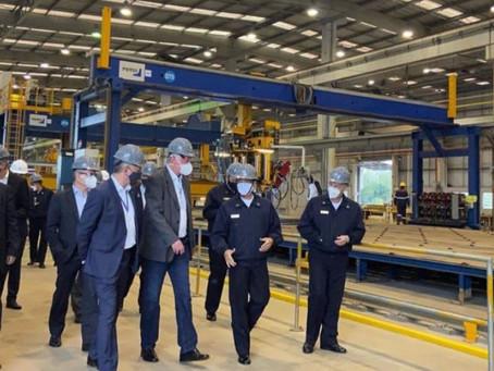 Comandante da Marinha visita o Estaleiro Brasil Sul – ThyssenKrupp, local de construção das fragatas