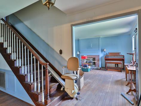 Bond Living Estate (81).jpg