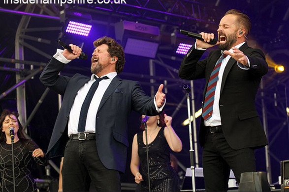 Michael Ball + Alfie Boe - Car Fest
