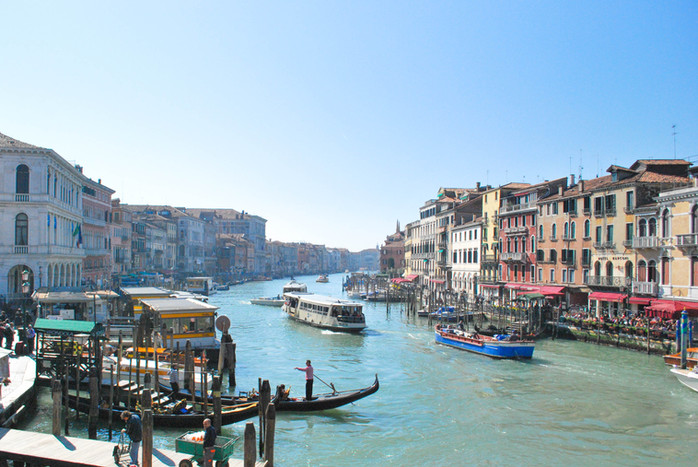 EVERYDAY EXCHANGE TRAVELS - ITALY TRAVEL GUIDE - VENICE IN A DAY