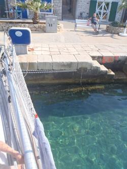 Rent vand i havn