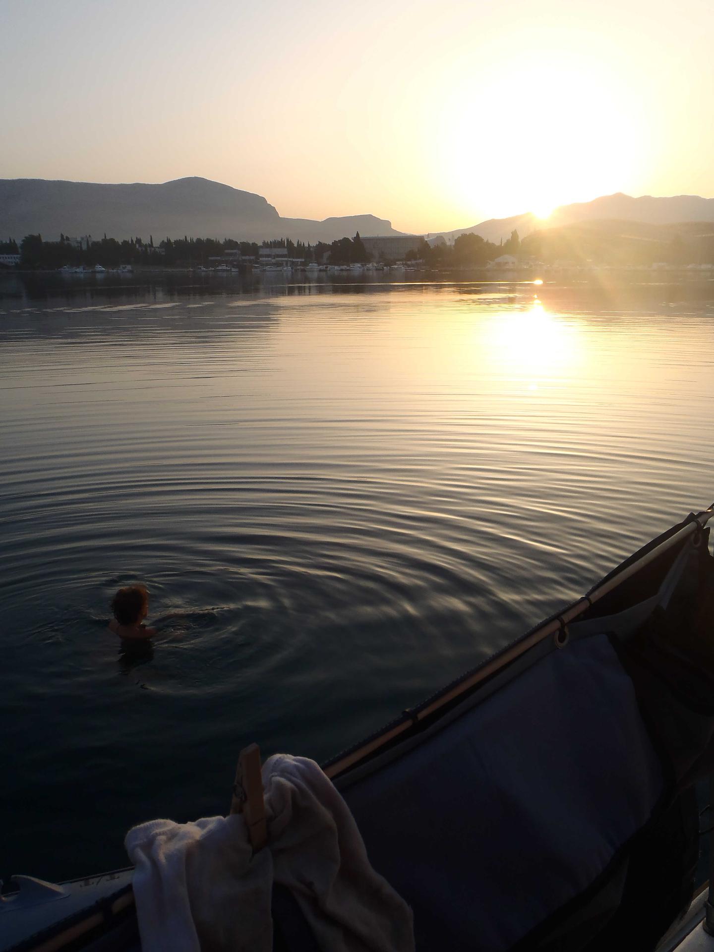 Morgensvømning