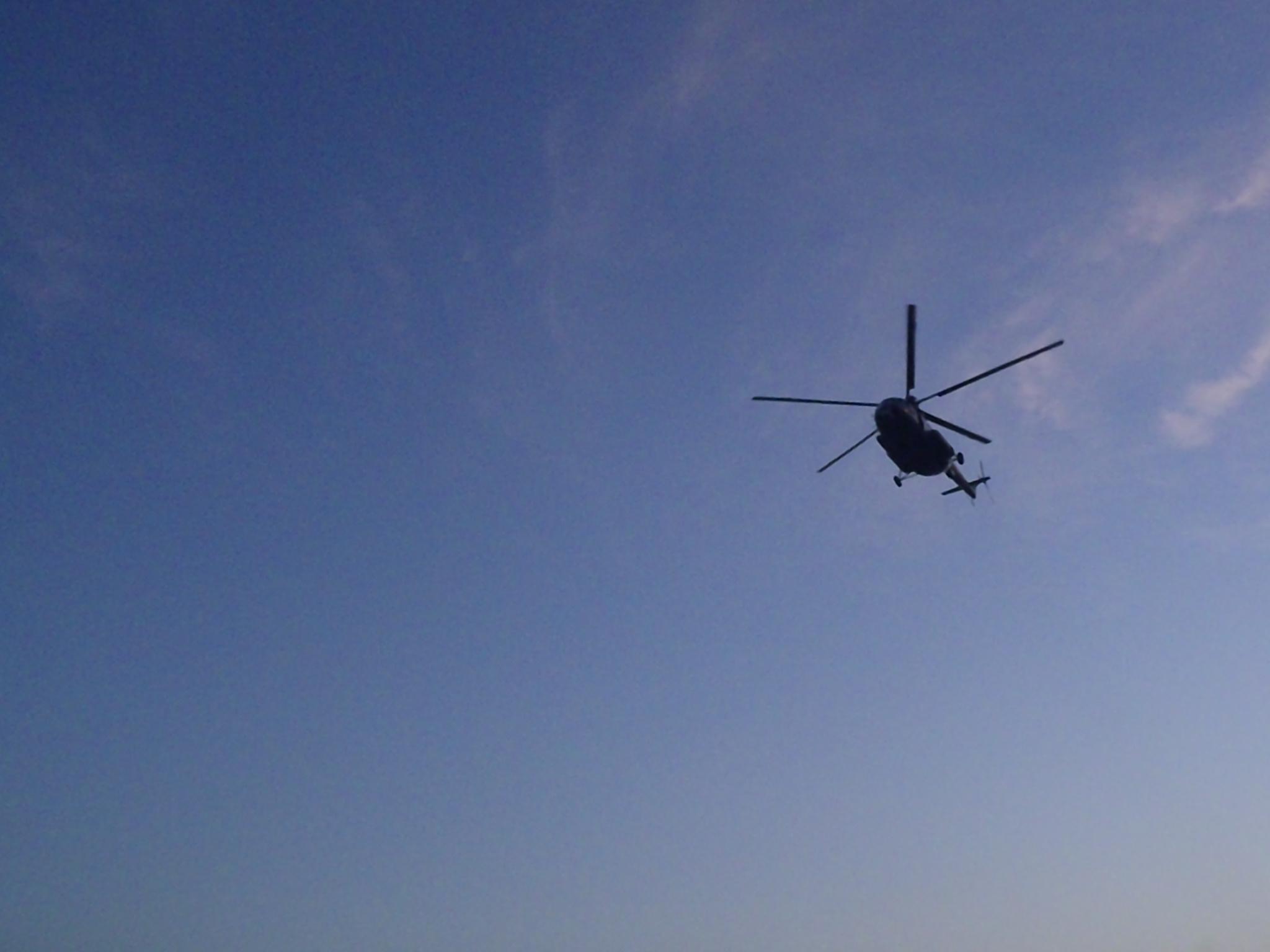 Helikopter_på_tæt_hold.jpg
