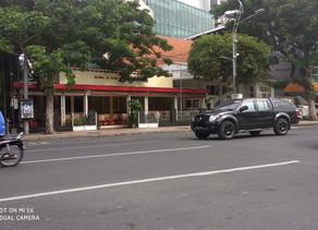 Es Krim Legend Didekat Hotel Garden Palace Surabaya