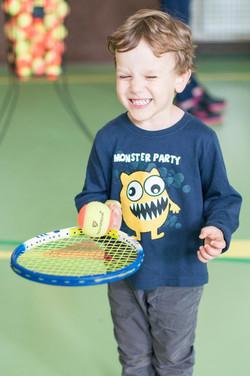 Tenis nás baví