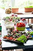 Jídlo připravujeme vždy čerstvé, dbáme na to, aby bylo zdravé a pestré.