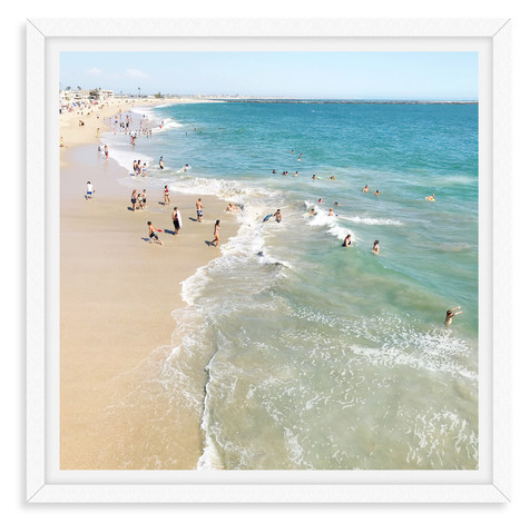 beach day waves sandy shoreline seal bea