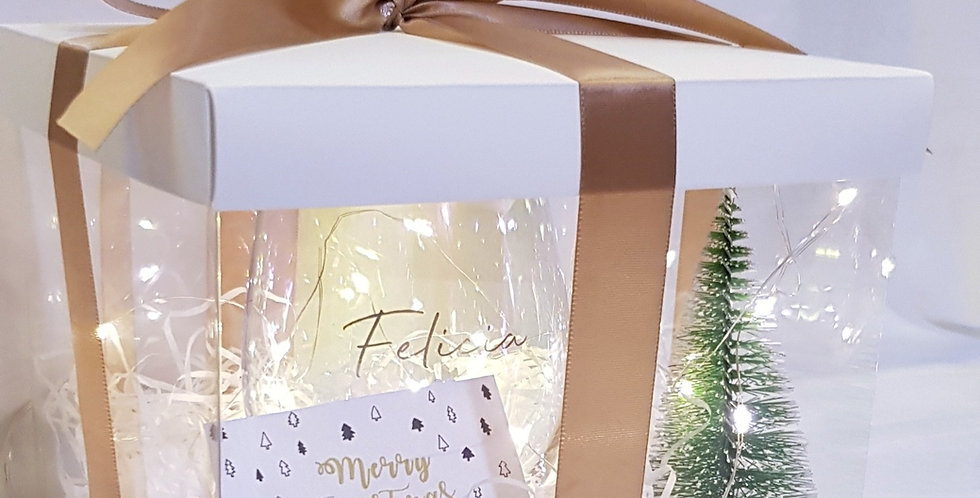 Giftlah White Christmas Gift Box *Fairylight not included