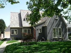 CV Cottage home grey