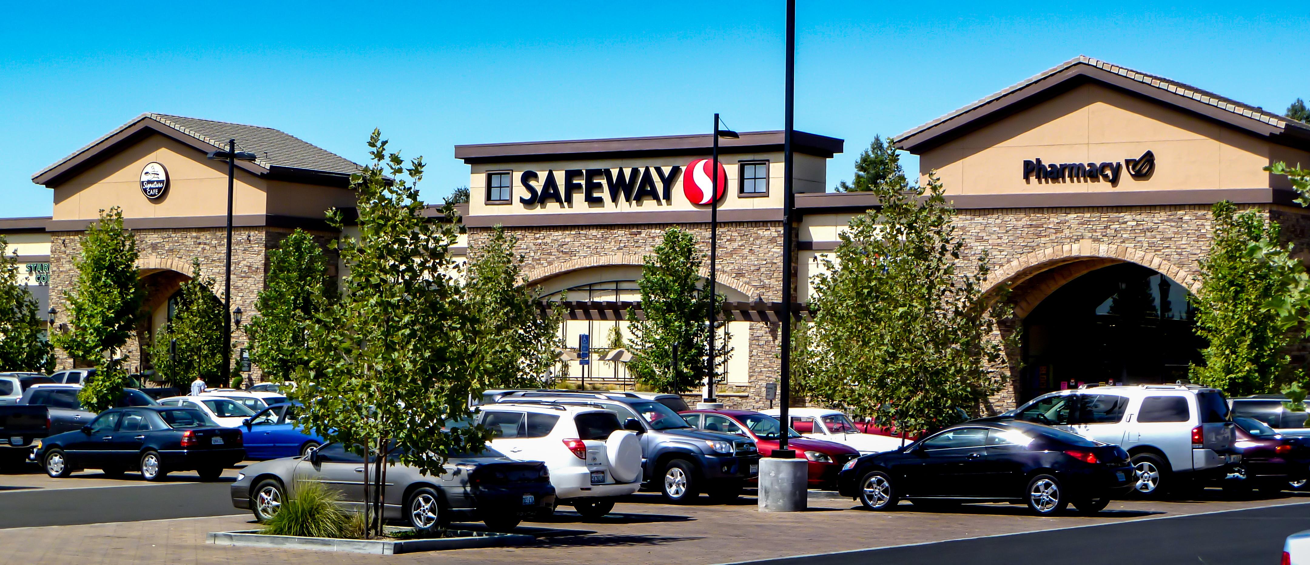 Fair Oaks Promenade Safeway