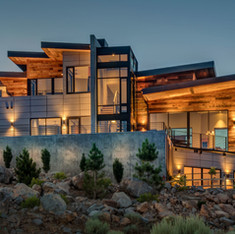 Elegant Steel and Concrete Residence