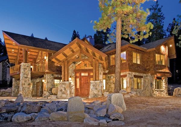 Lone Cedar Lodge