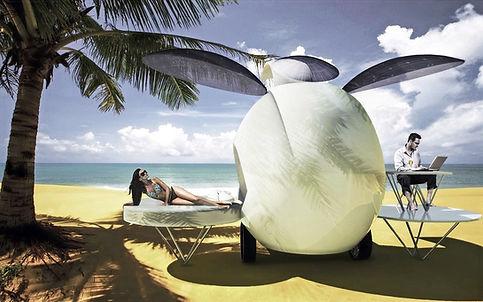 Man and woman enjoyng the seaside in BioPOd