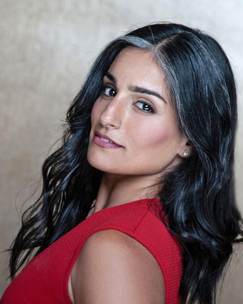 Sani-Jalalzadeh---hot-girl.jpg