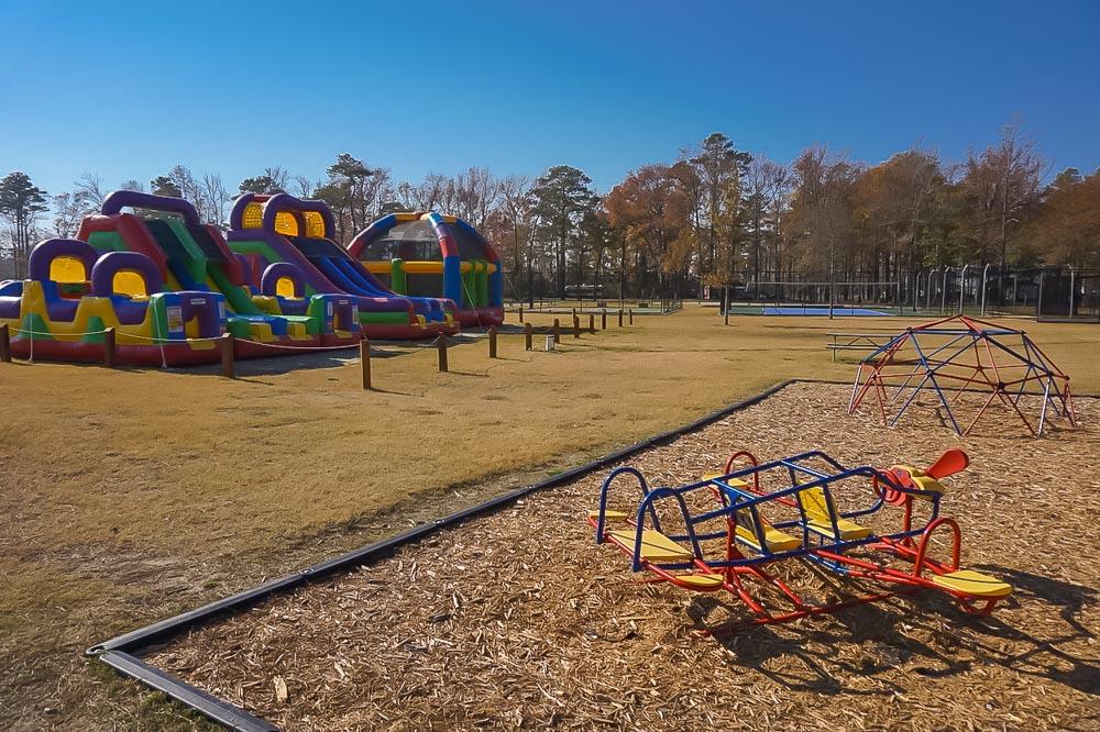 playgroundarea_multiplecourts