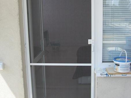 Преимущества москитных сеток на окна ПВХ
