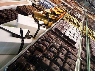 vitrine chocolats patisserie chocolaterie chocolatier visonneau nantes