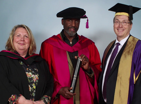 Willard Wigan Receives an Honorary Doctorate!