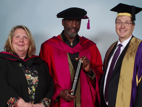 Willard Wigan Receives an Honorary Doctorate!