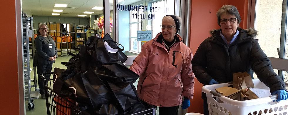 Volunteers at Meals on Wheels