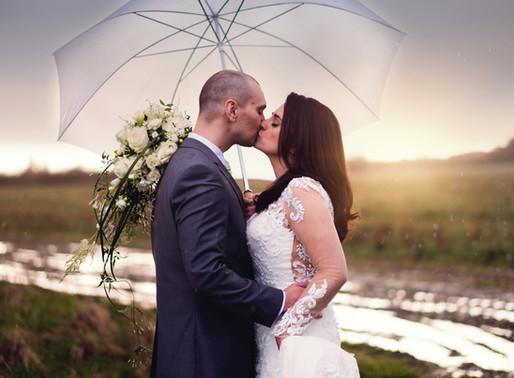Kim & Dan's Super-Wedding at Southend Barns