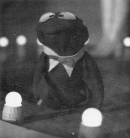 Kermit the Frog opens Follies 1981