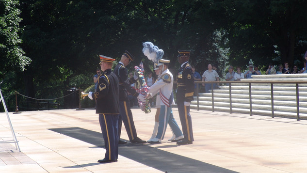 Busy Bee Band & Honeybees lay wreath at Tomb of the Unknown Soldier