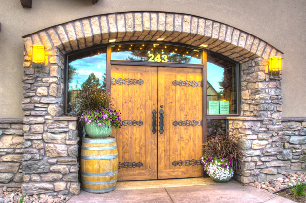 AMFJ-Catriona-Cellars-Entry-2-Ext.jpg