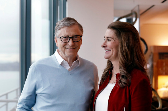 Bill Gates allegedly had affair with Microsoft employee who wanted his wife to know: says report