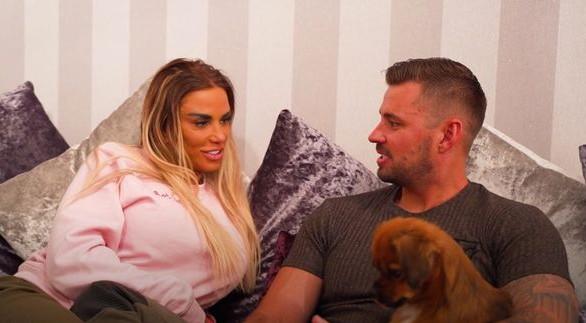 Katie Price's boyfriend Carl Woods says he 'hates'  alter-ego Jordan'