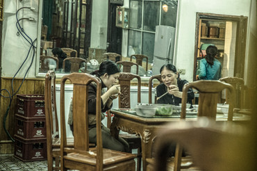 26_woman _dinner-3235.jpg