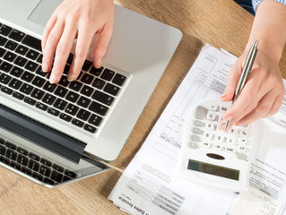 How a Bookkeeper Can Help Your Small Business to Succeed